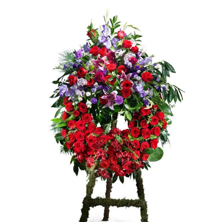 Coroa Vermelha, Coroa Clássica em Tons Vermelho com Cabeceira