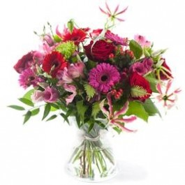 Charming pink/red bouquet, excl. vase , Charming pink/red bouquet, excl. vase