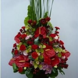 Arrangement of Cut Flowers in reds, Arrangement of Cut Flowers in reds