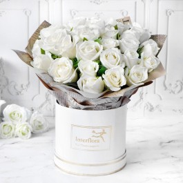 Heavenly 25 White Roses Hand Tied, Heavenly 25 White Roses Hand Tied