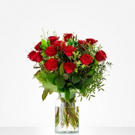 Bouquet: Lovely red roses; excl. vase, Bouquet: Lovely red roses; excl. vase