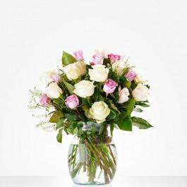 Bouquet: Soft roses; excl. vase, Bouquet: Soft roses; excl. vase