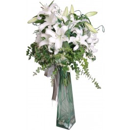 Arrangement of White Liliums, Arrangement of White Liliums