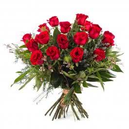 Paixão, 18 Rosas Vermelhas de Pé Longo