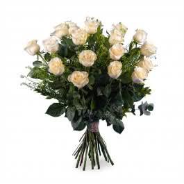 Carinho, 18 Rosas Brancas de Pé Longo