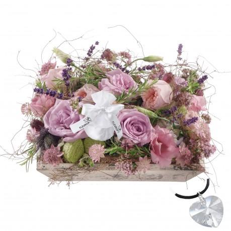 Ecrin fleuri odorant avec cœur en cristal Swarovski, Ecrin fleuri odorant avec cœur en cristal Swarovski