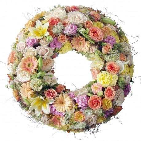 Couronne toute en fleurs, Couronne toute en fleurs