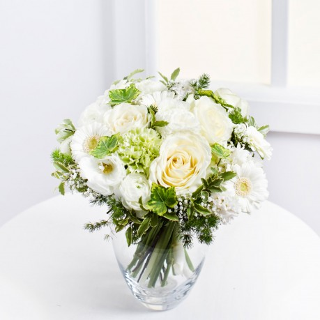 Romantic Bouquet in White Colours, Romantic Bouquet in White Colours