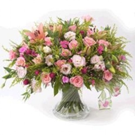 BOUQUET IN PINKS, BOUQUET IN PINKS