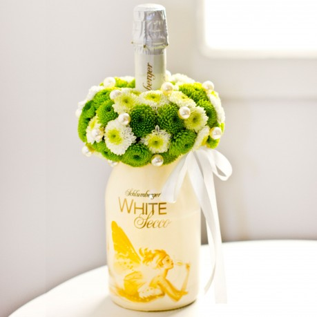 Sparkling Wine Decorated with Flowers, Sparkling Wine Decorated with Flowers
