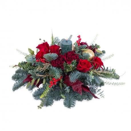 Alegria, Detalhe natalício com rosas em tons vermelhos
