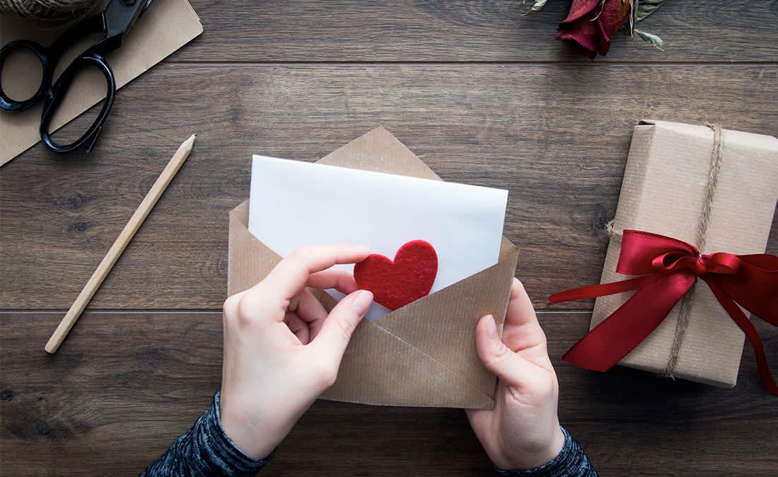 No dia 14 de fevereiro escreva-lhe uma carta